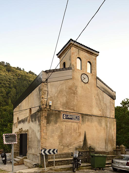 The story behind La Iglesia de Tas.