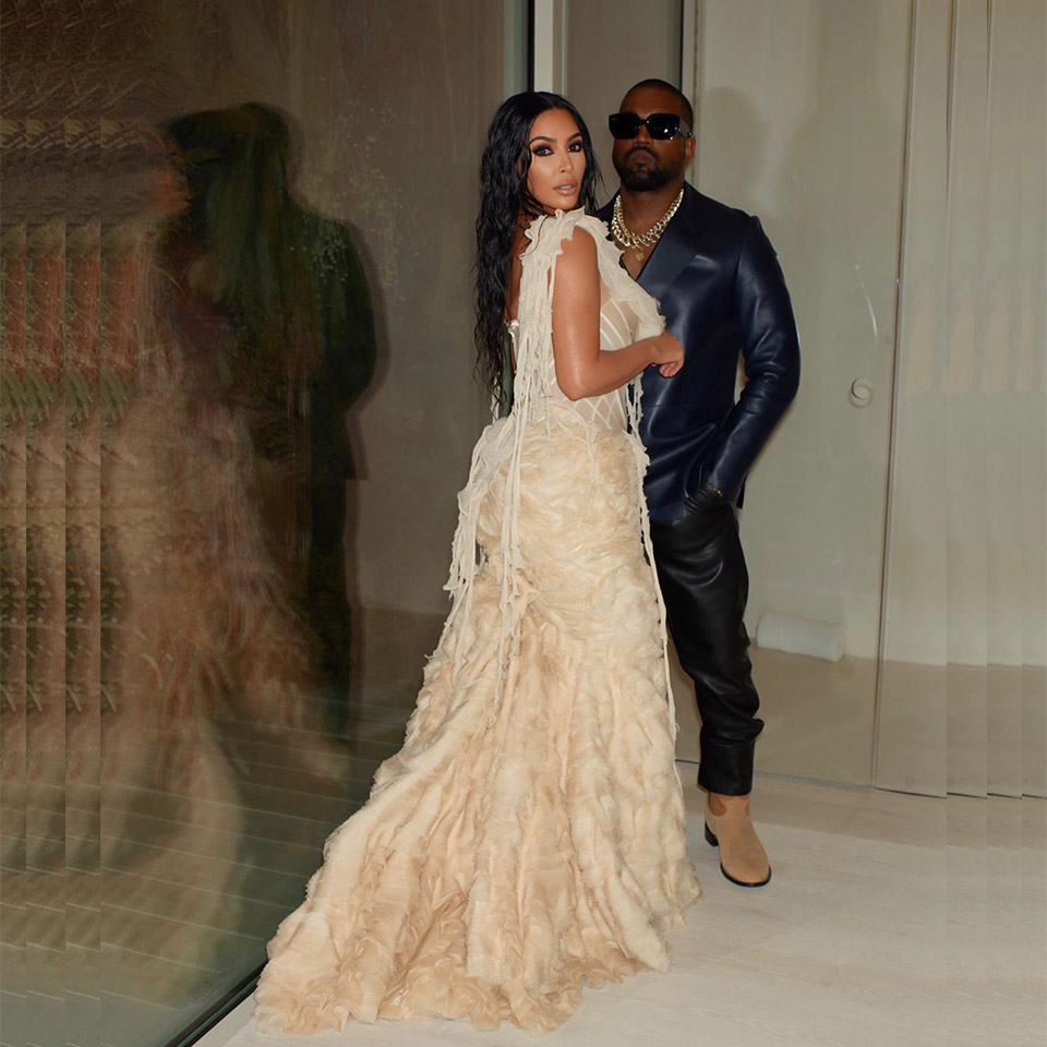 Kim K not surprising anyone and slaying again, this time in a McQueen 2003 Shipwrecked Oyster Gown.