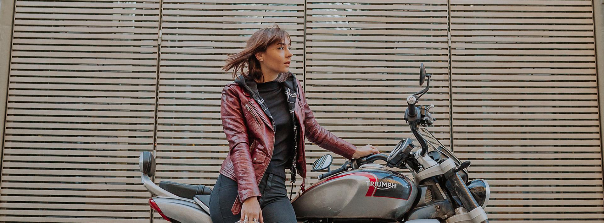 Julie (a.k.a @mrs.babe.rider) shows that biking & that freedom feeling belong to the women's world, thx.