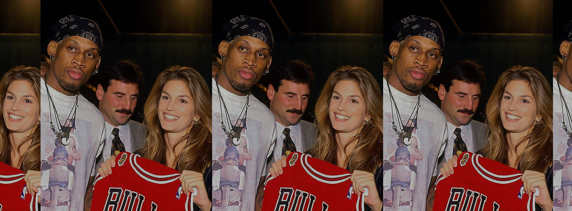 Cindy Crawford dunking in Jordans & a 90s Chicago Bulls jersey is what shooting hoops should look like.