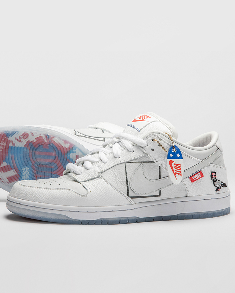 Here's how to win 1 of the only 20 The Shoe Surgeon x Jeff Staple Dunk SB: Just VOTE. ✔️