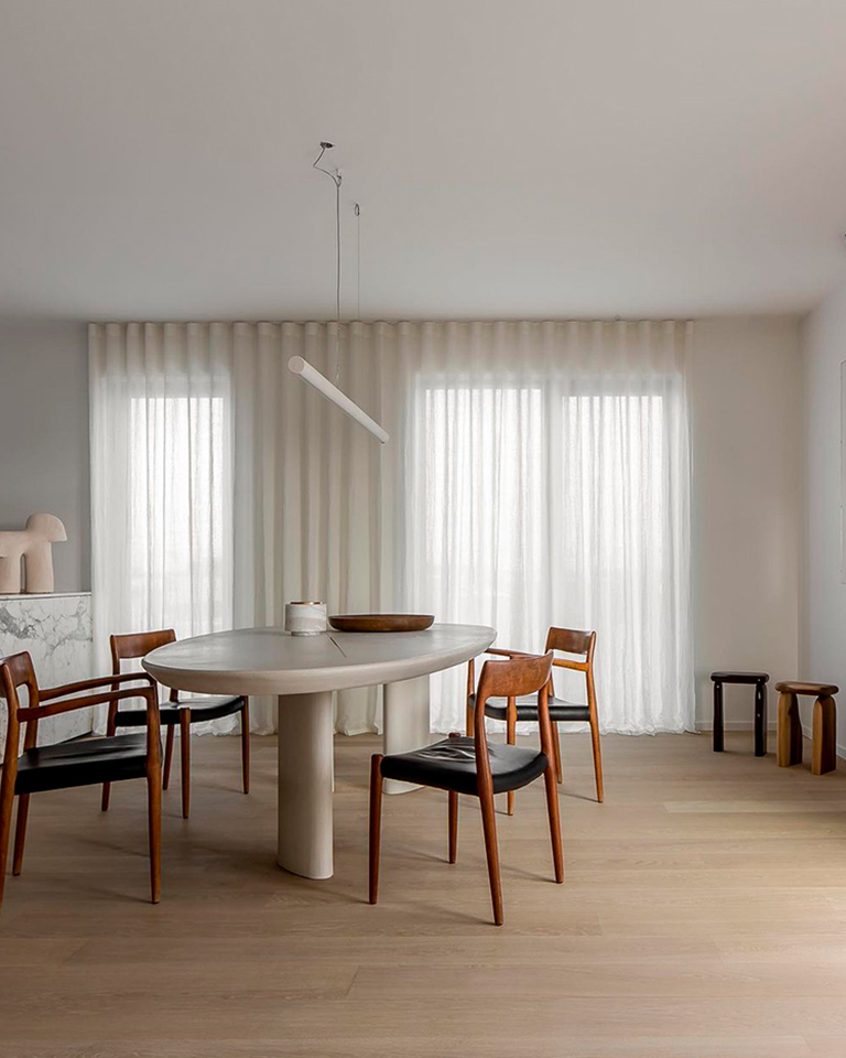 Thomas DeBruyne captures the elite modern minimalism of Ville Design with a matching aesthetic.