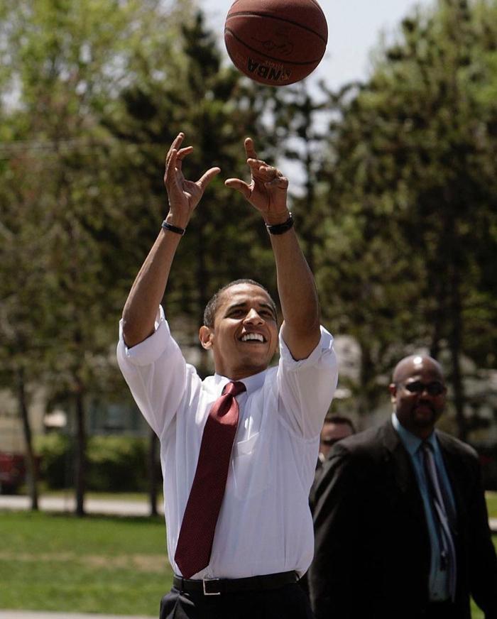metcha Snkrs Obama inner 10 - IMAGE