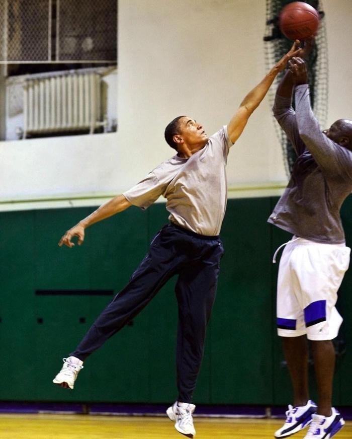 metcha Snkrs Obama inner 12 - IMAGE