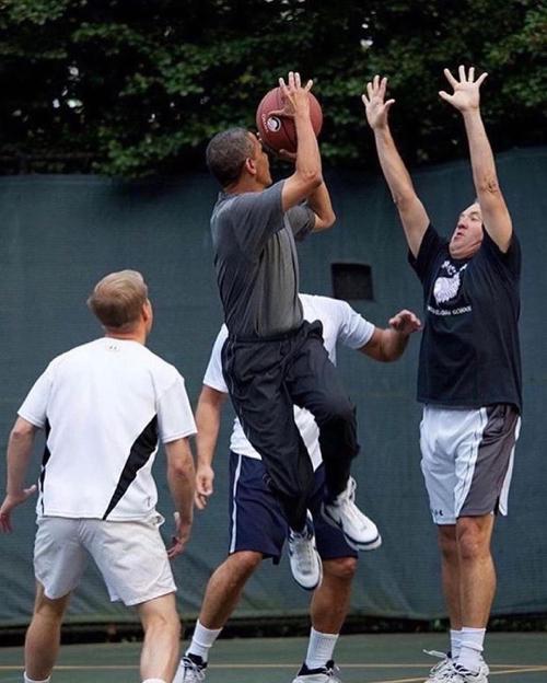 metcha Snkrs Obama inner 4 - IMAGE
